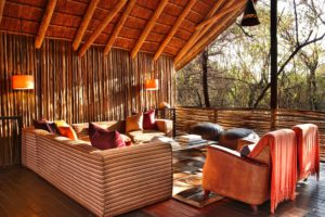 MAIN-LODGE-LOUNGE1-1