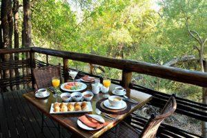 Madikwe-Dining1